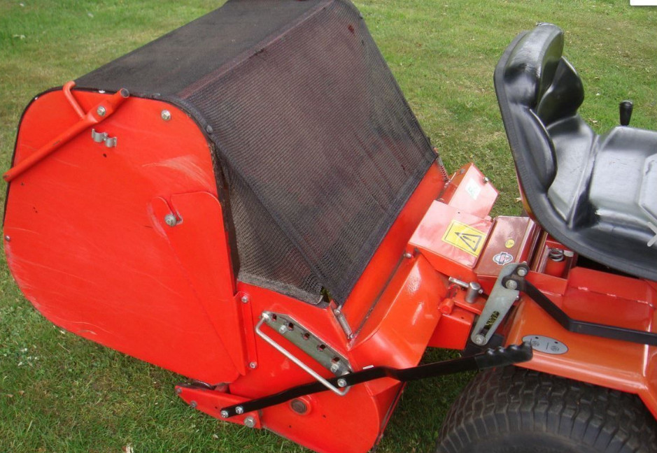 WESTWOOD 2 BELT SET POWERED GRASS COLLECTOR T1200 1984 - 2000 we