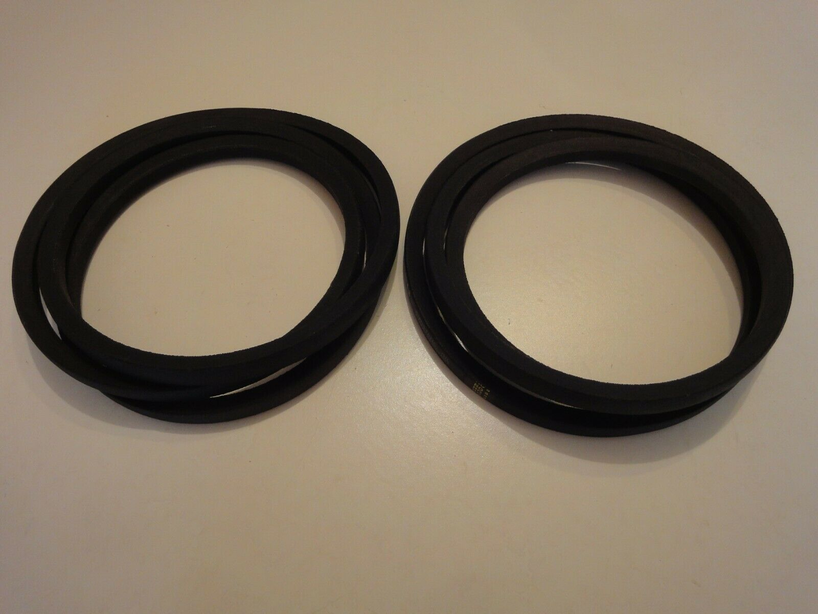 FORST ST6 WODDCHIPPER PAIR OF FLYWHEEL DRIVE BELTS